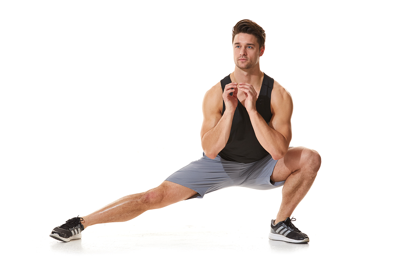 Goblet lateral lunge, alternated met kettlebell – quadriceps en bilsperen